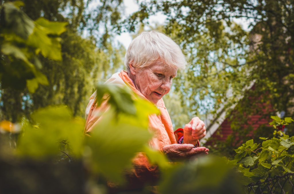 Persoonlijke zorg voor vrouw met dementie bij de buitenhof tilburg